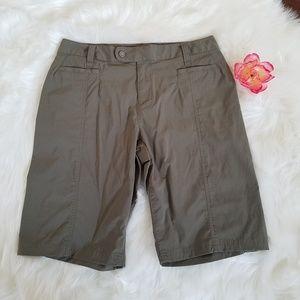 Royal Robbin Olive Green Nylon Bermuda Shorts sz12